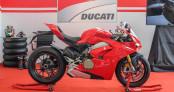 """""""Siêu phẩm"""" Ducati Panigale V4S giá 936 triệu chào thị trường Sài Gòn"""