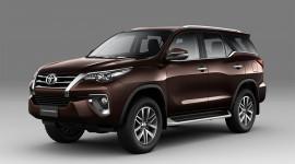 Toyota Fortuner 2018 ra mắt tại Việt Nam, bán ra từ tháng 8