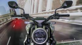 Cận cảnh Honda CB250R 2018 có giá hơn 5.700 USD tại ĐNÁ