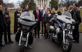 Trump dọa đánh thuế cao chưa từng thấy nếu Harley rời Sản xuất khỏi Mỹ