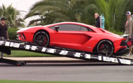 Justin Bieber tậu thêm siêu xe Lamborghini Aventador S