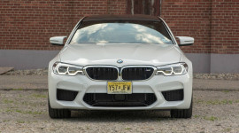 """BMW M5 2018: Sự trở lại của """"ông hoàng"""""""