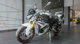"""Chiêm ngưỡng BMW S1000R 2018 phiên bản """"full Option"""""""