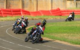 """""""Nhất cử, lưỡng tiện"""" của Honda Việt Nam Racing"""