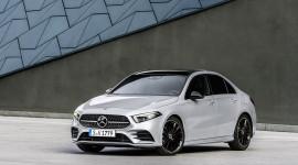 Mercedes-Benz A-Class 2019 chốt giá từ 37.000 USD