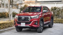 Toyota Hilux 2018: Sẵn sàng cho mọi cuộc đua