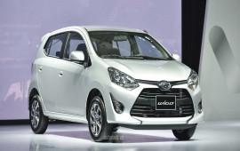 Bùng nổ ôtô mới tại Việt Nam mùa cuối năm