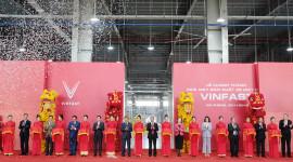 VinFast khánh thành nhà máy sản xuất và ra mắt mẫu xe máy điện thông minh