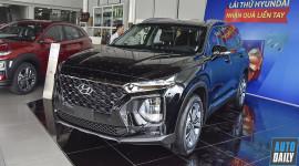 Hyundai Santa Fe 2019 về đại lý, kẻ khen người chê chờ ngày ra mắt