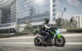 Kawasaki Z400 2019 - đối thủ KTM 390 Duke và BMW G310R  trình làng