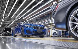 BMW 8-Series mui trần chính thức được đưa vào sản xuất
