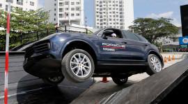 Trải nghiệm những công nghệ tiền tỷ trên Porsche Cayenne 2018