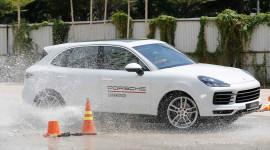 Đánh giá Porsche Cayenne: Điều gì khiến Porsche Cayenne có giá 5,5 tỷ? (P1)