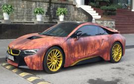 BMW i8 độ mâm, dán decal màu gỉ sét cực chất tại Hà Nội