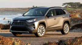 Toyota RAV4 2019 chốt giá từ 26.545 USD