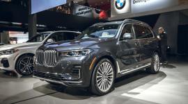BMW X7 2019 bản full options có giá 122.425 USD