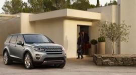 Tháng 12: Ưu đãi đặc biệt khi mua xe Range Rover Evoque và Discovery Sport