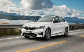 Choáng với dàn Robot cực hiện đại trong nhà máy lắp ráp BMW 3-Series 2019