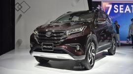 Xe con nhập khẩu tăng mạnh, giá không giảm tại Việt Nam