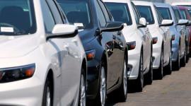 Buôn ô tô: Người trúng đậm, kẻ liêu xiêu