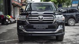 Ảnh chi tiết Toyota Land Cruiser VXS 2019 giá 7 tỷ tại Việt Nam