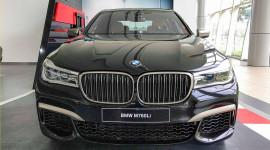 Ảnh nóng siêu sedan BMW M760Li đầu tiên về Việt Nam