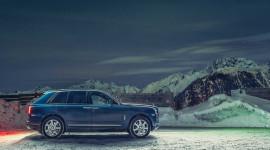 Siêu SUV Rolls-Royce Cullinan làm xe taxi tại Alps