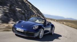 Porsche 911 Cabriolet 2020 có giá bán từ 8,46 tỷ đồng khi về Việt Nam