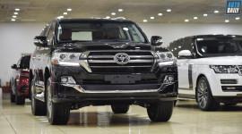 Toyota Land Cruiser phiên bản độ 4 chỗ về Việt Nam