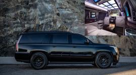 """""""Khủng long Mỹ"""" Cadillac Escalade hóa xe tăng hạng sang giá 350.000 USD"""