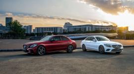 So sánh Mercedes C200 và C300 AMG 2019 vừa ra mắt
