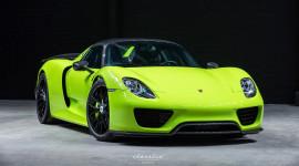 Porsche 918 Spyder xanh lá cực hiếm rao bán lại giá 2,1 triệu USD