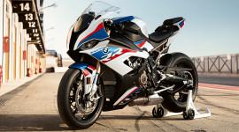"""""""Cá mập"""" BMW S1000RR 2019 mạnh 207 mã lực có giá từ 25.760 USD"""