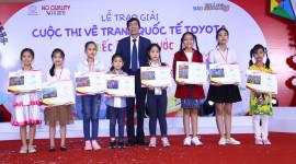 """Toyota trao giải cuộc thi vẽ tranh """"chiếc ô tô mơ ước"""" lần thứ 8"""