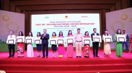 """Honda Việt Nam trao giải cuộc thi """"An toàn giao thông cho nụ cười ngày mai"""""""