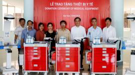 Quỹ Toyota Việt Nam trao tặng thiết bị y tế cho tỉnh Kon Tum