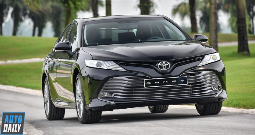 Toyota Camry 2019 có giá bán chính thức cao nhất 1,235 tỷ