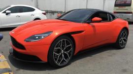 Đại gia Việt chi hơn 16,5 tỷ tậu Aston Martin DB11 màu độc