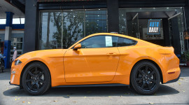 Ảnh chi tiết Ford Mustang màu độc vừa về Việt Nam giá hơn 2,7 tỷ