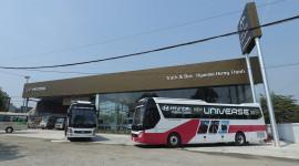 Hành trình khám phá dải đất hình chữ S cùng xe khách cao cấp Hyundai