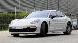 Porsche Panamera 2021 lần đầu lộ diện trên đường thử