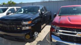 """Trộm phá khóa đại lý Chevrolet """"cuỗm"""" 124 bánh xe"""