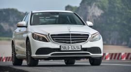 Ảnh chi tiết Mercedes-Benz C200 Exclusive 2019 giá 1,709 tỷ đồng