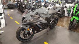 Kawasaki Ninja ZX-10R 2019 dùng động cơ mới mạnh mẽ hơn