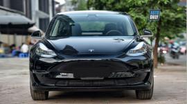 Khám phá xe sang chạy điện Tesla Model 3 đầu tiên tại Việt Nam