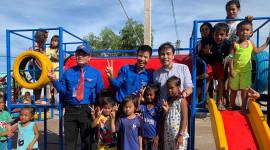 Toyota Việt Nam trao tặng sân chơi cho trẻ em tại Bạc Liêu