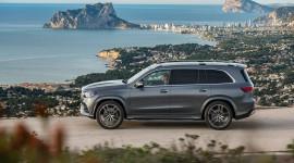 Mercedes-Benz GLS 580 2020 chốt giá từ 97.800 USD