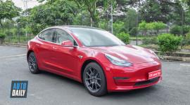 """Tesla Model 3 màu """"độc"""" về Việt Nam"""