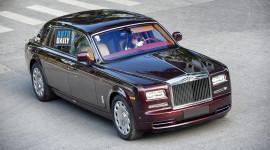 Rolls-Royce Phantom Hoà Bình Vinh Quang hơn 80 tỷ ra biển trắng