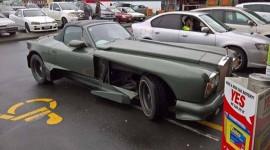 Mazda Miata cũ được độ thành Rolls-Royce cực thảm họa